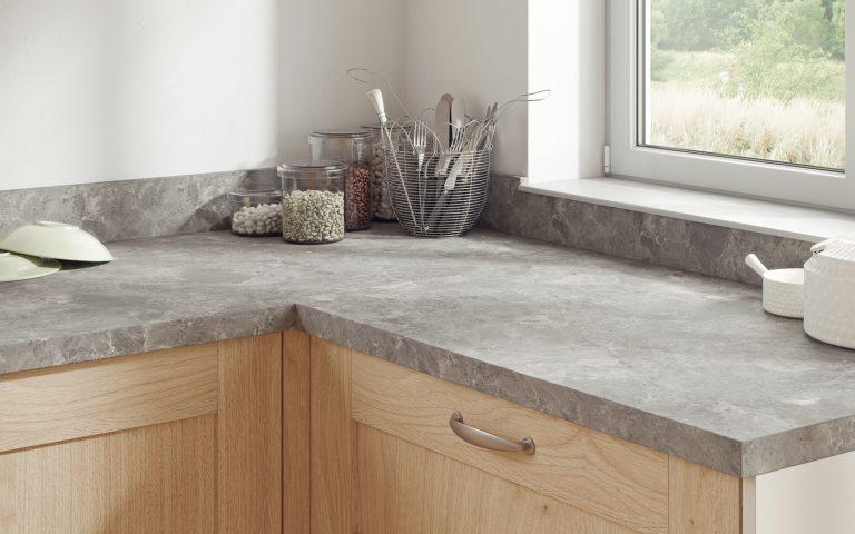 F076 ST9 Braganza granit sivi – Primjena 1400×875