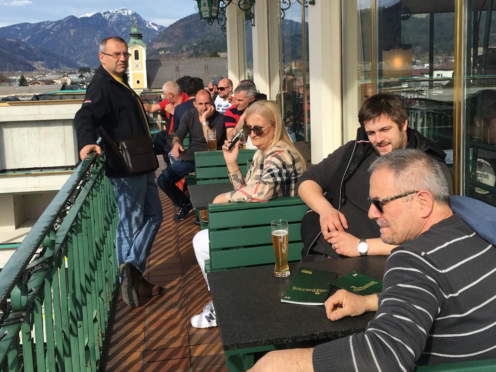 Max&Moris stolari u pivovari u St Johannu 1000x750