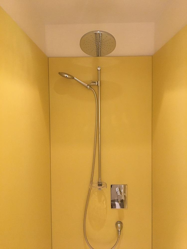 Max&Moris tus kabina kompakt laminat